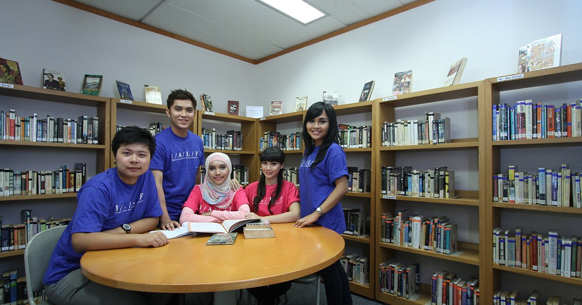 IALF Jakarta Common Area-Learning-English-IELTS-Test-Preparation